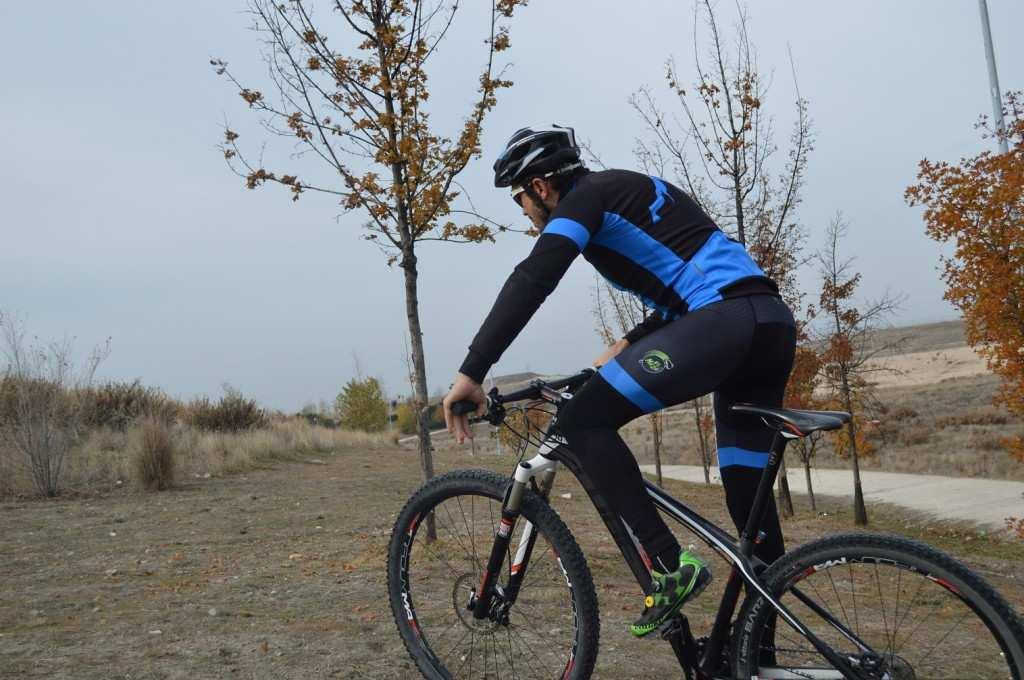 Chaqueta de ciclismo modelo Lagos de El Mazo