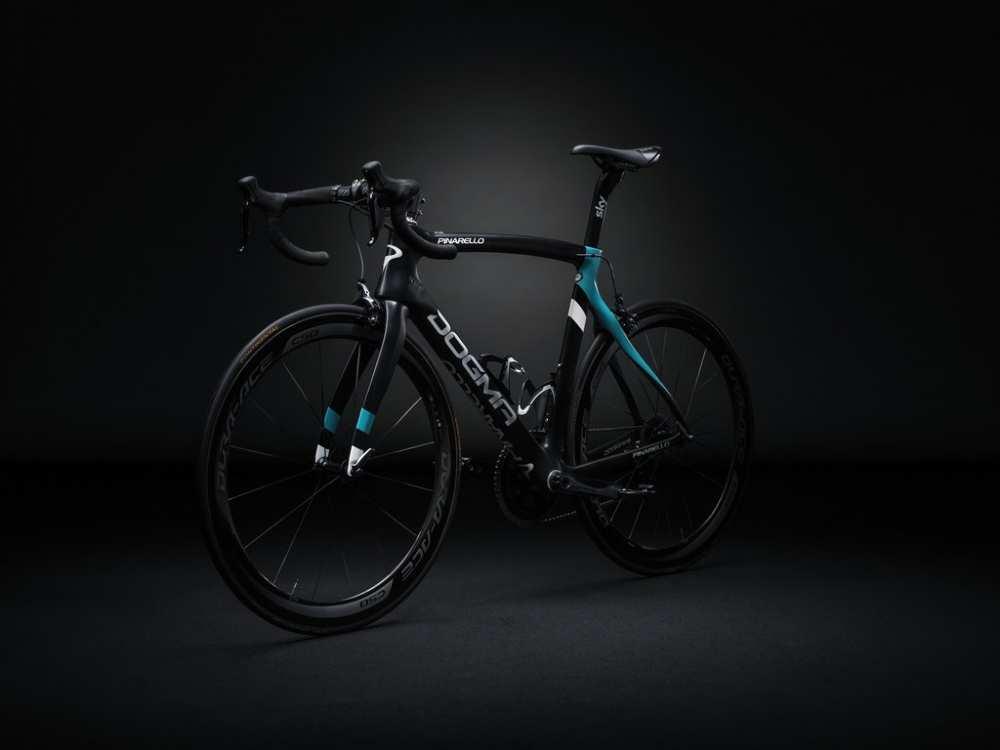 Bicicleta del Sky de 2016. Pinarello Dogma F8