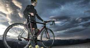 Sumar, no sustituir: suplementación alimentaria para la práctica del ciclismo