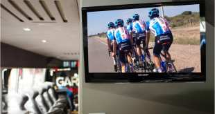Vuelta-ciclista-autobus-sharp-garmin