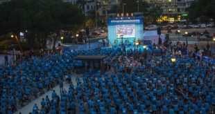 1.200 personas pedaleando en bicis Indoor en la Plaza de Colón