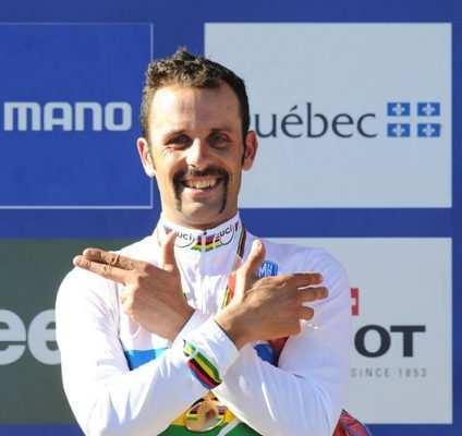 Hermida, el pistolero del MTB con el maillot de campeón del mundo