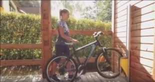 parkis bike saving space