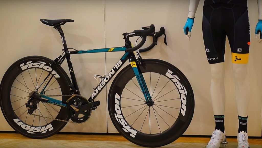 2017 Astana_ New Argon18 bike