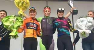 Sheyla Gütierrez celebra su victoria en el podium