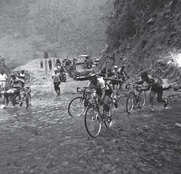 Escarabajos Vuelta a Colombia 1966