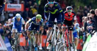Valverde agranda su leyenda: gana en Lieja y dona los premios a la familia de Scarponi