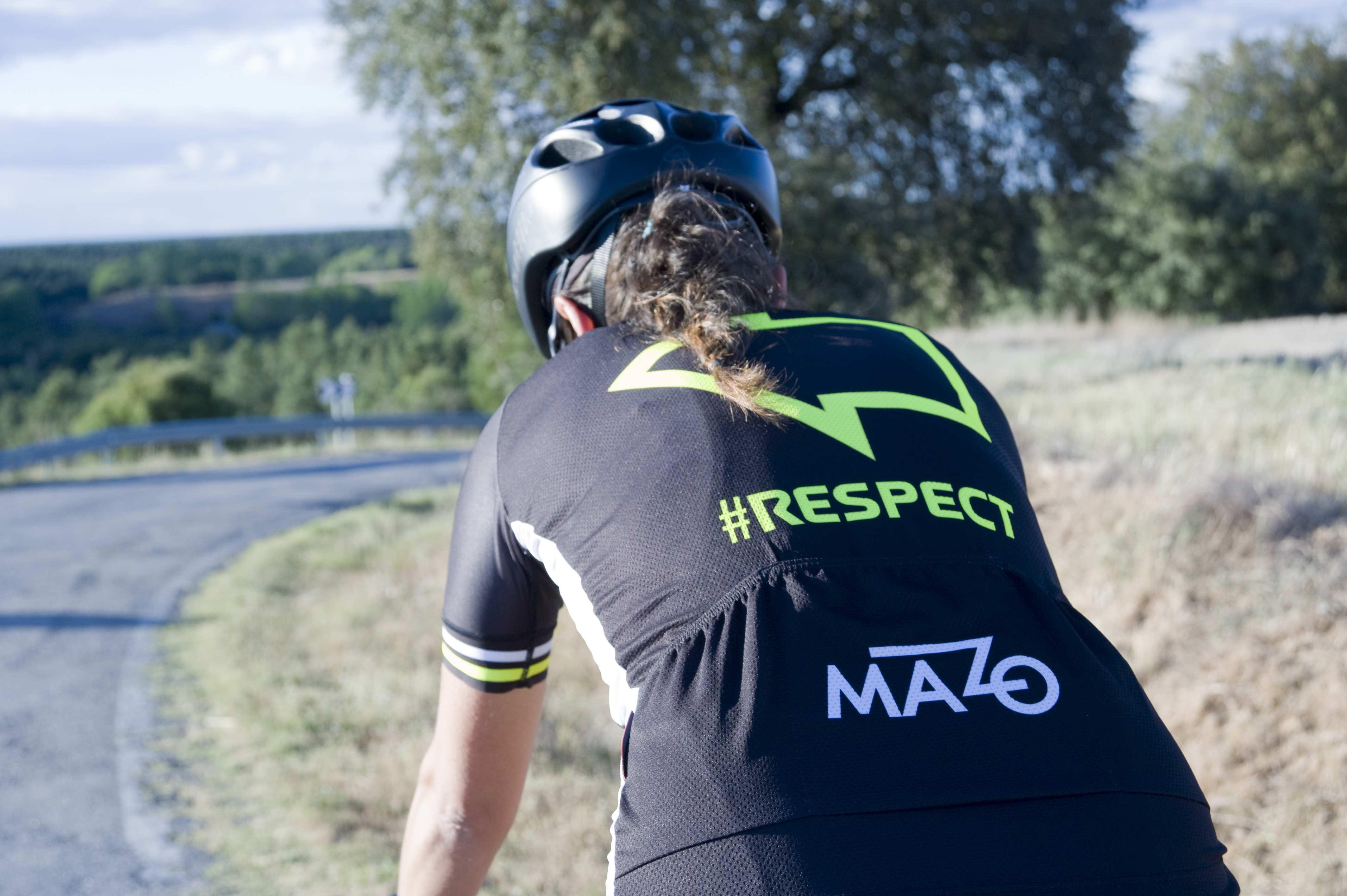 ropa ciclista #Respect tráfico