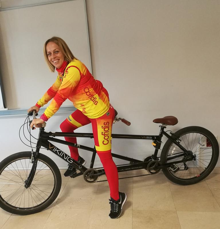 mujer seleccionadora ciclismo