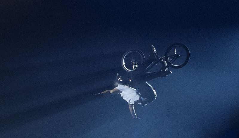 Acrobacia bicicleta BMX