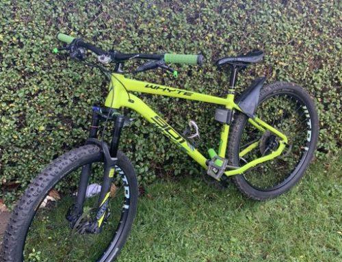 Compra una bicicleta por menos de 100 euros (valorada en más de 1.500) y cuando se da cuenta que es robada busca al dueño en Twitter