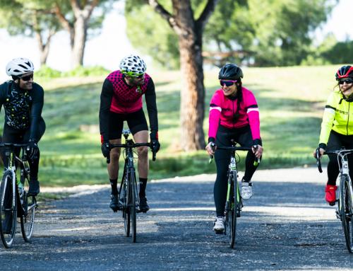 Vuelven las grupetas: de 10 o de 15 ciclistas, pero con distancia entre ellos