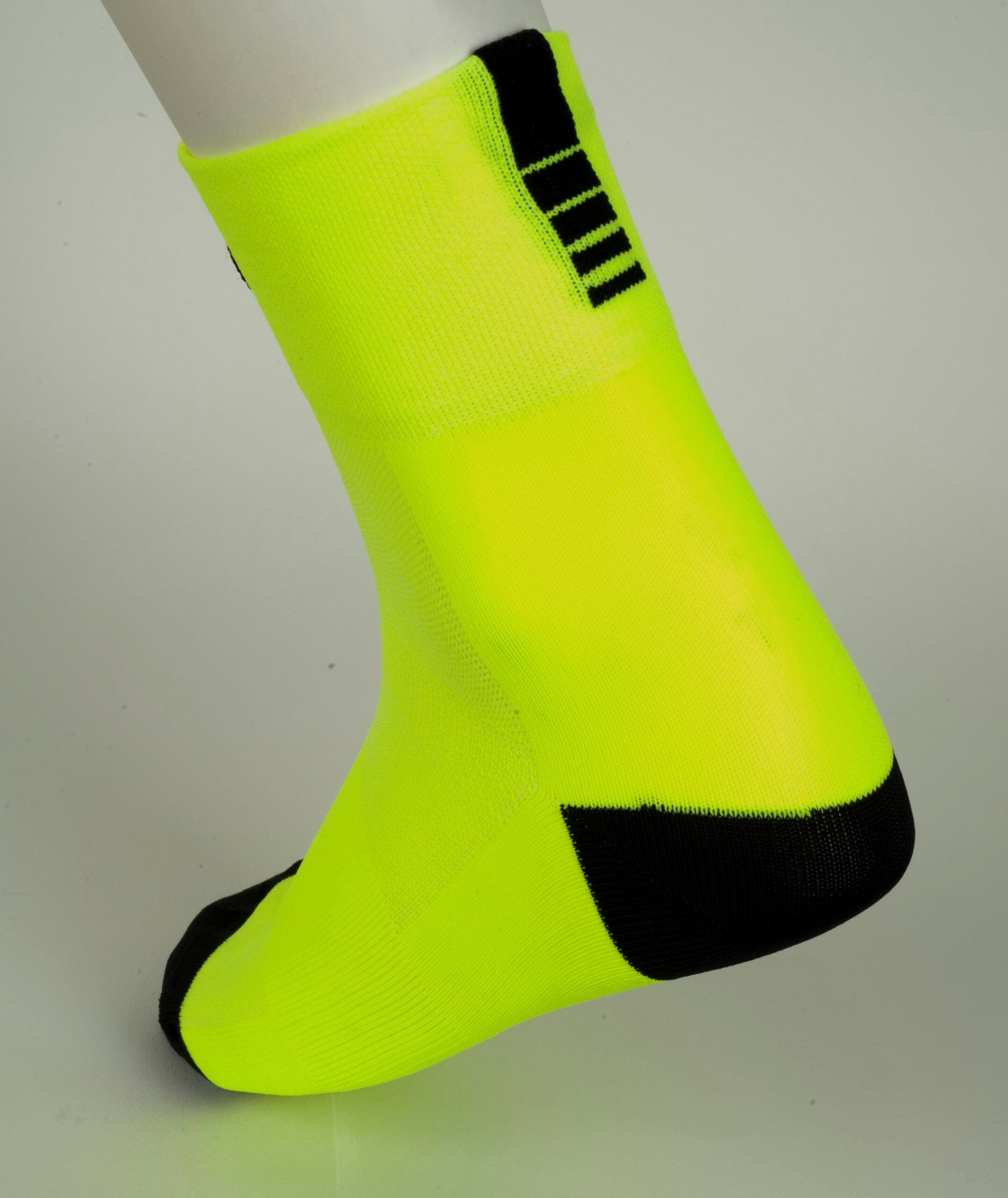 calcetines pro amarillo